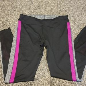 MTA sports Leggings size medium